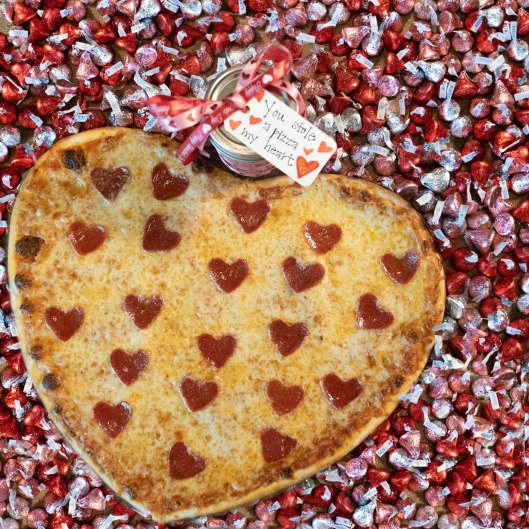 Heart Shaped pizza and kisses 2020